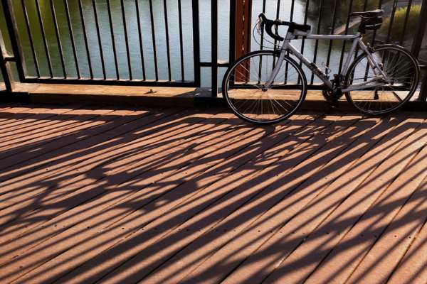 Outdoor composite decking installation must read before - How long does laminate flooring last ...