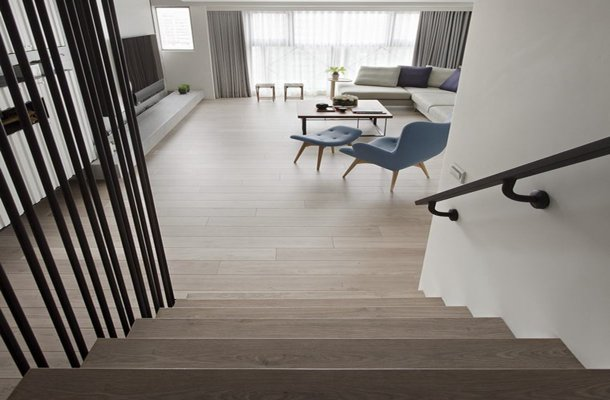 install laminate flooring at staircase